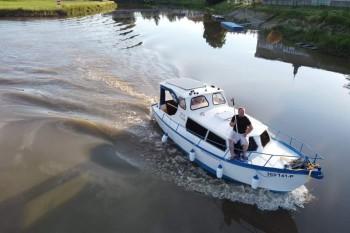 Pujcovna-hausbotu-batuv-kanal-hausbot-Emma-5